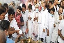 पंचतत्व में विलीन हुए कांग्रेस के दिग्गज सदानंद सिंह, अंतिम दर्शन को उमड़ा जनसैलाब