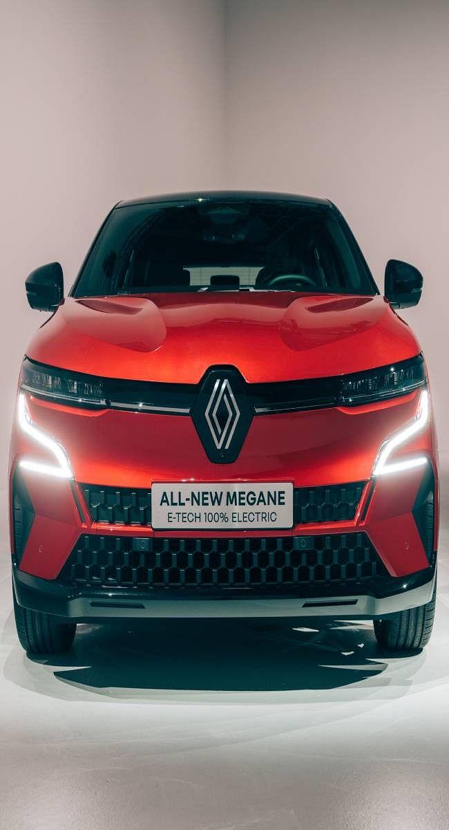 रेनो के पहले इलेक्ट्रिक कार 'ऑल-न्यू मेगन ई-टेक इलेक्ट्रिक' का हुआ अनावरण, रेंज 470 किमी, टॉप-स्पीड 160 किमी