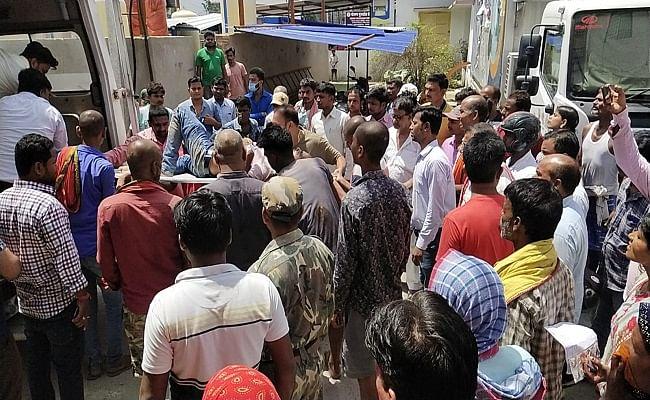 बिहार: समस्तीपुर में गैस एजेंसी के मैनेजर को अपराधियों ने मारी गोली, लाखों रुपये लूटकर भागे