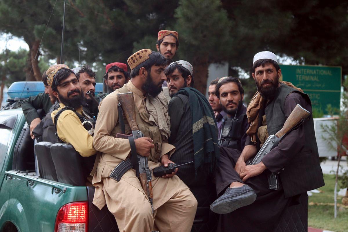 पाकिस्तान के साथ होने से तालिबान शासित अफगानिस्तान में चीन को फायदा, भारत के लिए खतरा!
