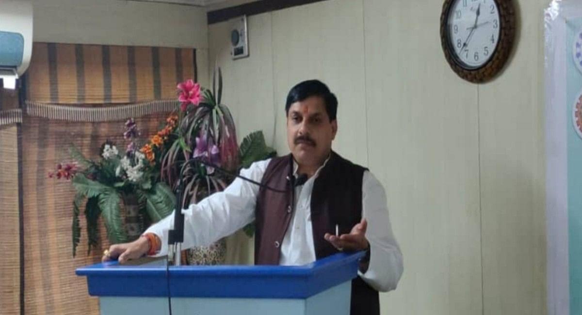 MP News: इंजीनियरिंग पाठ्यक्रम में शामिल है रामायण, महाभारत और रामचरितमानस, बोले उच्च शिक्षा मंत्री मोहन यादव