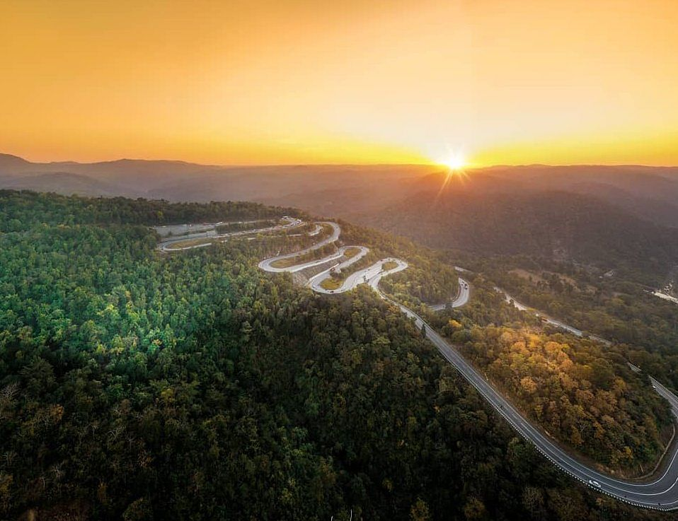 Tourist Places In Jharkhand : पतरातू की मनमोहक घाटियों को देखेंगे, तो देखते रह जायेंगे
