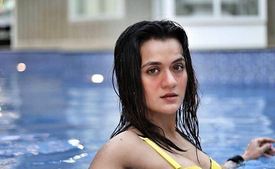 Taarak Mehta Ka Ooltah Chashmah: 'सोनू' को कड़ी टक्कर देती हैं 'डिटेक्टिव दीप्ति', बिकिनी फोटोज से उड़ाये होश