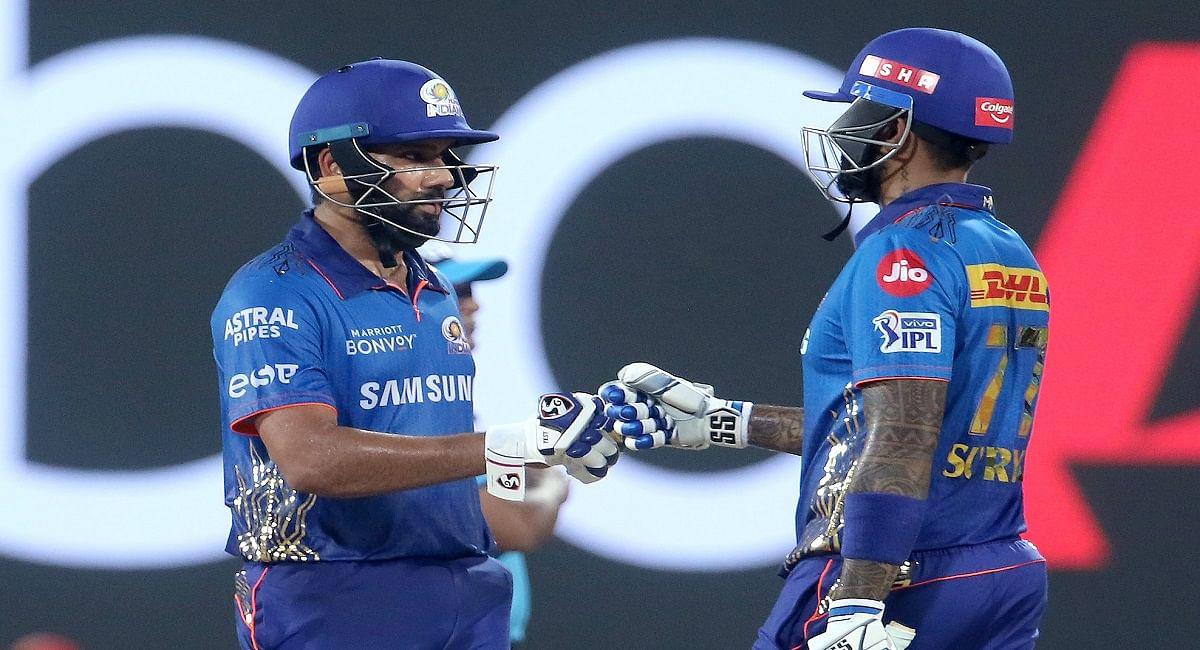 IPL 2021, MI vs KKR: केकेआर के खिलाफ रोहित शर्मा लगायेंगे रिकॉर्ड्स की झड़ी, ऐसा करने वाले बनेंगे पहले खिलाड़ी