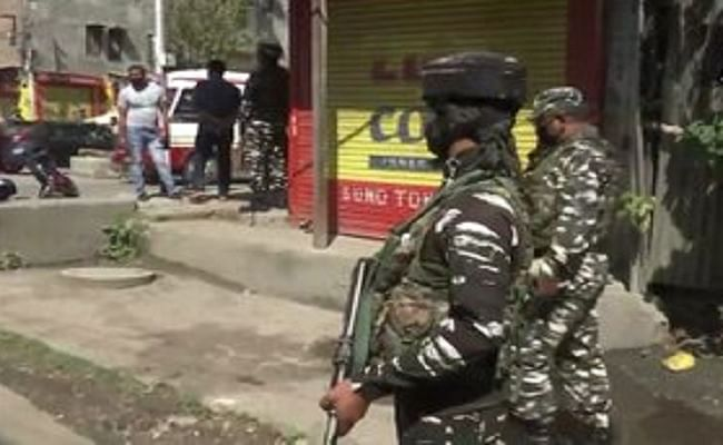 जम्मू-कश्मीर: श्रीनगर के खानयार में आतंकियों ने पुलिस पार्टी पर बोला हमला, एक पुलिसकर्मी शहीद