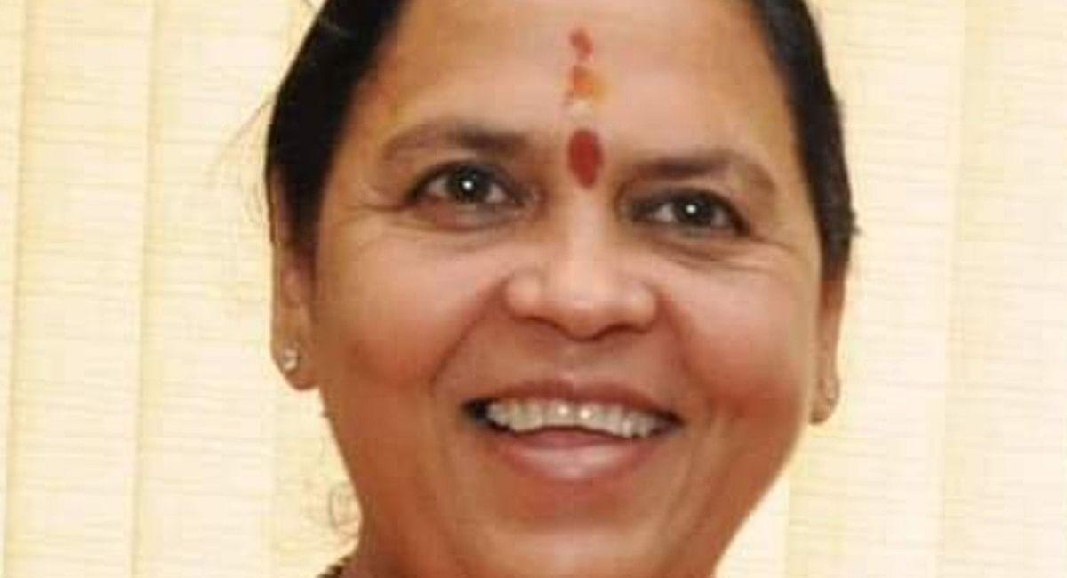 उमा भारती की शिवराज सरकार को चेतावनी, ब्यूरोक्रेसी पर दिया विवादित बयान, Video Viral