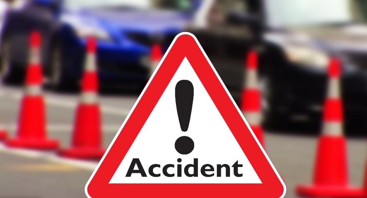 Pilibhit News: पीलीभीत में ट्रक ने कार को रौंदा, तीन लोगों की मौत