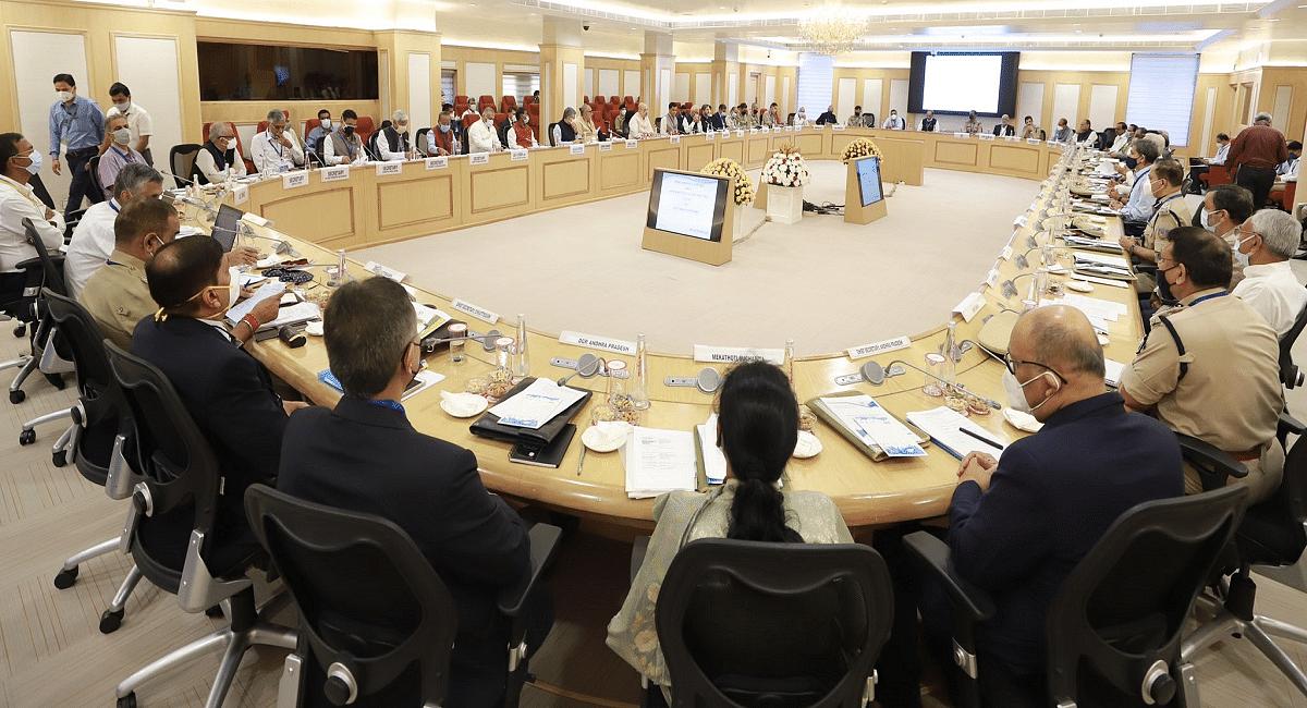Jharkhand News :गृह मंत्री अमित शाह की बैठक में झारखंड से नक्सलवाद के सफाये को लेकर क्या बोले सीएम हेमंत सोरेन