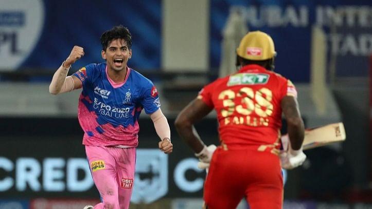 IPL 2021: किसान के बेटे ने आईपीएल में मचाया कोहराम, ऐसी है राजस्थान के मैच विनर त्यागी के संघर्ष की कहानी