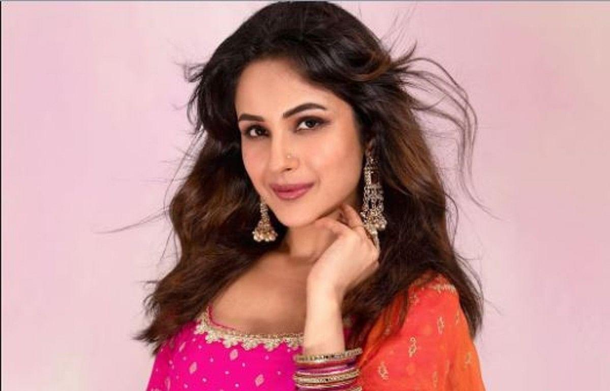 Shehnaaz Gill जल्द शुरू कर सकती हैं फिल्म 'हौंसला रख' की शूटिंग, फिल्म के प्रोड्यूसर ने कही ये बात
