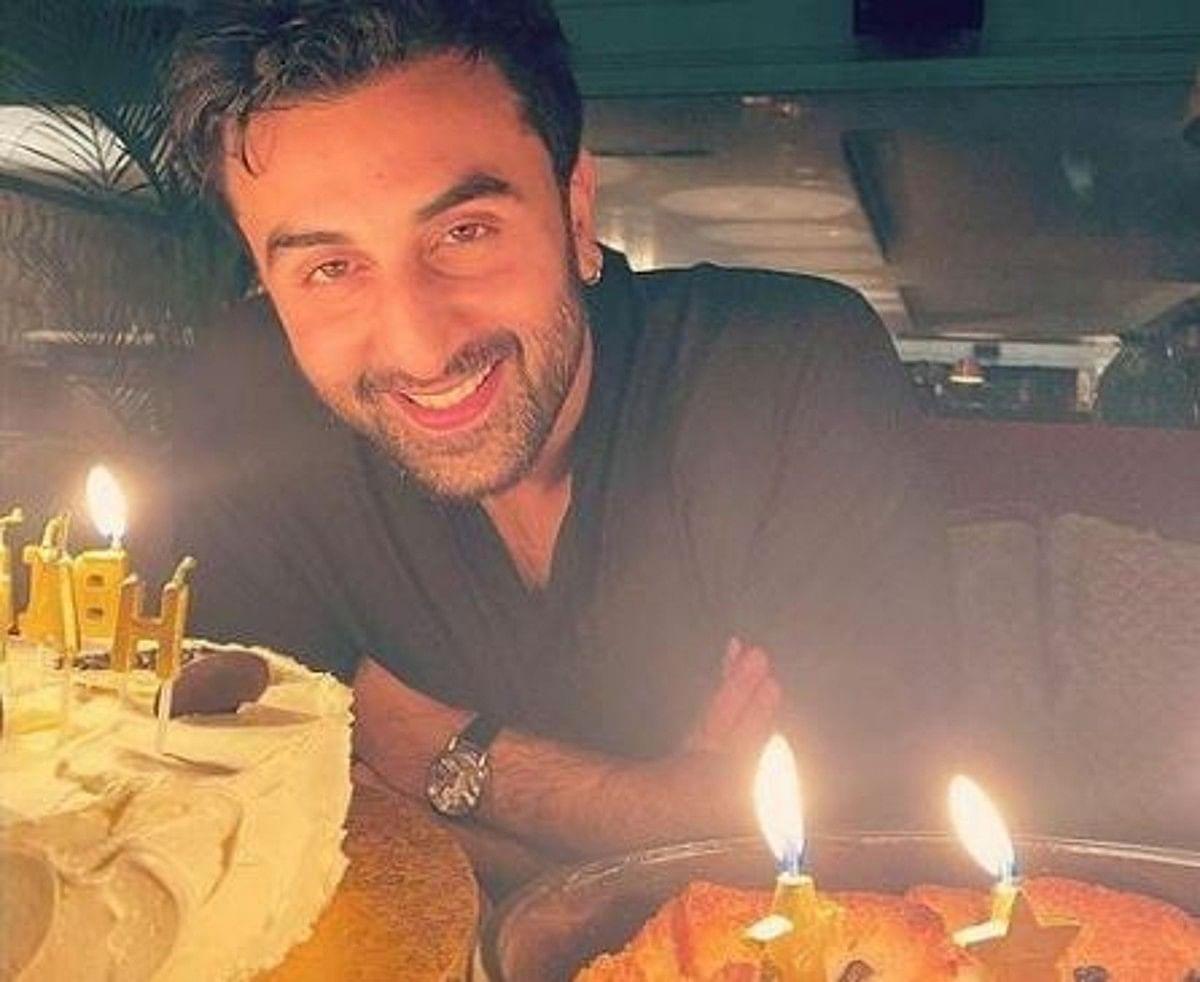 Ranbir Kapoor Birthday: लग्जरी कारें, महंगी घड़ी इन बेशकीमती चीजों के शौकीन हैं रणबीर कपूर, देखें लिस्ट