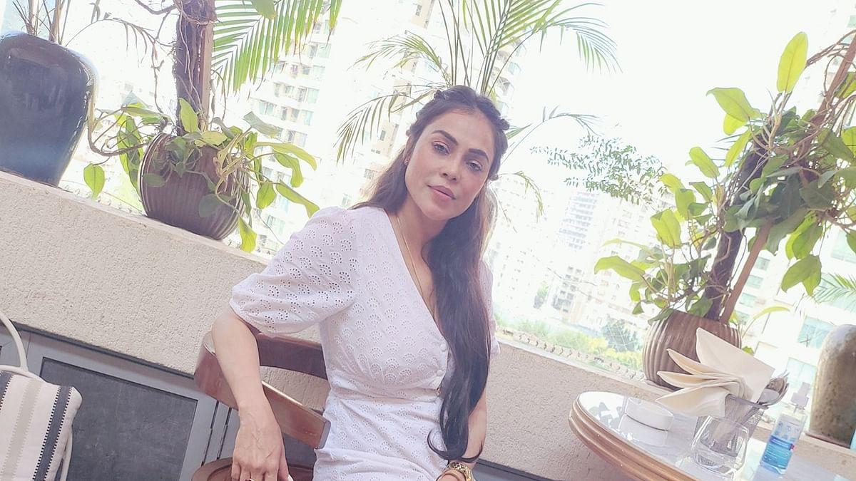 अभिनेत्री निकिता रावल से गनप्वाइंट पर सात लाख की लूट, खुद को किया था अलमारी में बंद