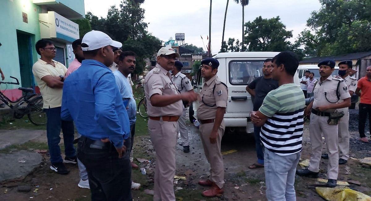 Bhagalpur News: सुल्तानगंज के को-ऑपरेटिव बैंक में दिनदहाड़े लूट की वारदात, 29 लाख से अधिक लूटकर भागे लुटेरे