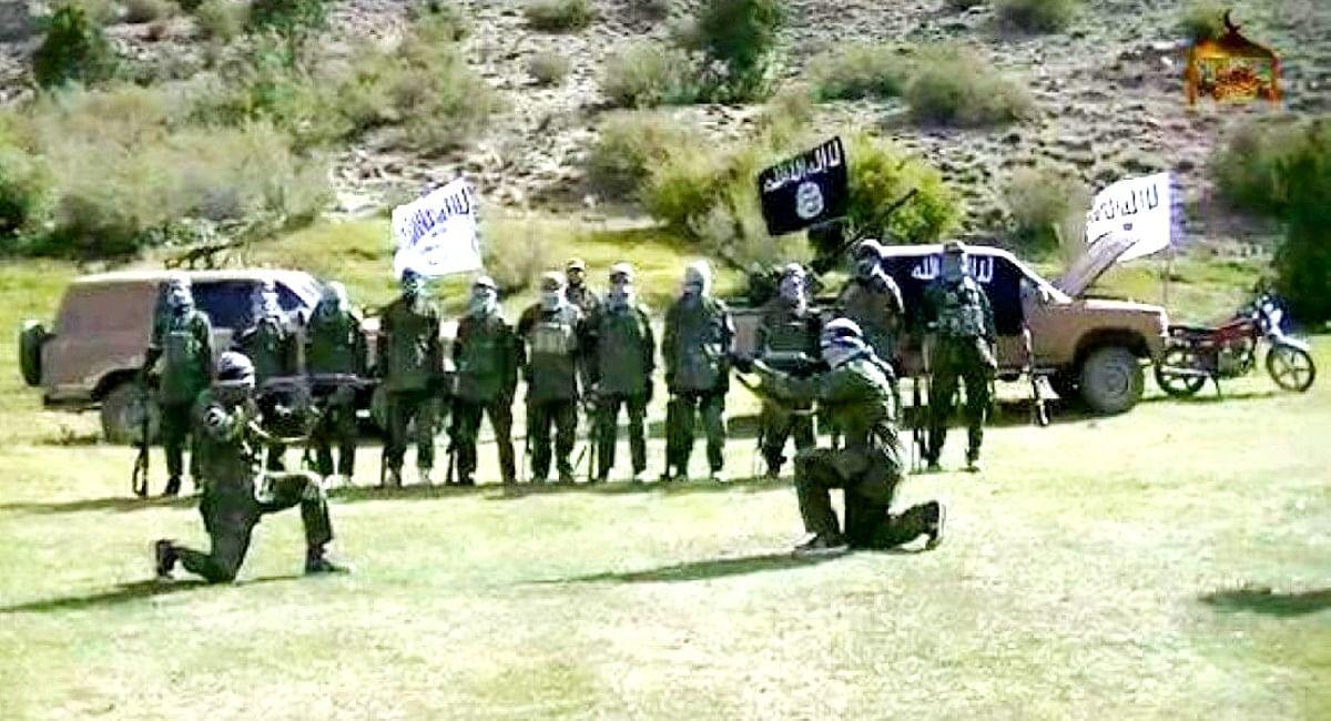 ISIS खुरासान के आतंकवादियों को हथियार देकर कश्मीर में हमले करवा सकता है पाकिस्तानी खुफिया एजेंसी ISI