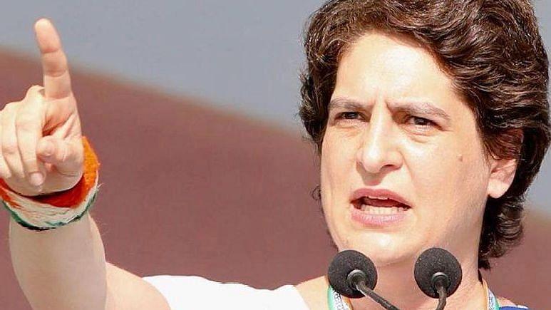UP Election: चुनाव आते ही किसानों पर दर्ज मुकदमे वापस लेने का नाटक कर रही सरकार? प्रियंका ने फिर खोला मोर्चा