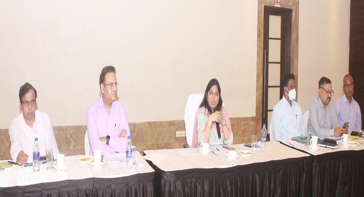 झारखंड में इंडस्ट्रीज के सफल संचालन को लेकर सरकार गंभीर, उद्योग सचिव ने औद्योगिक संगठनों के साथ की मंत्रणा
