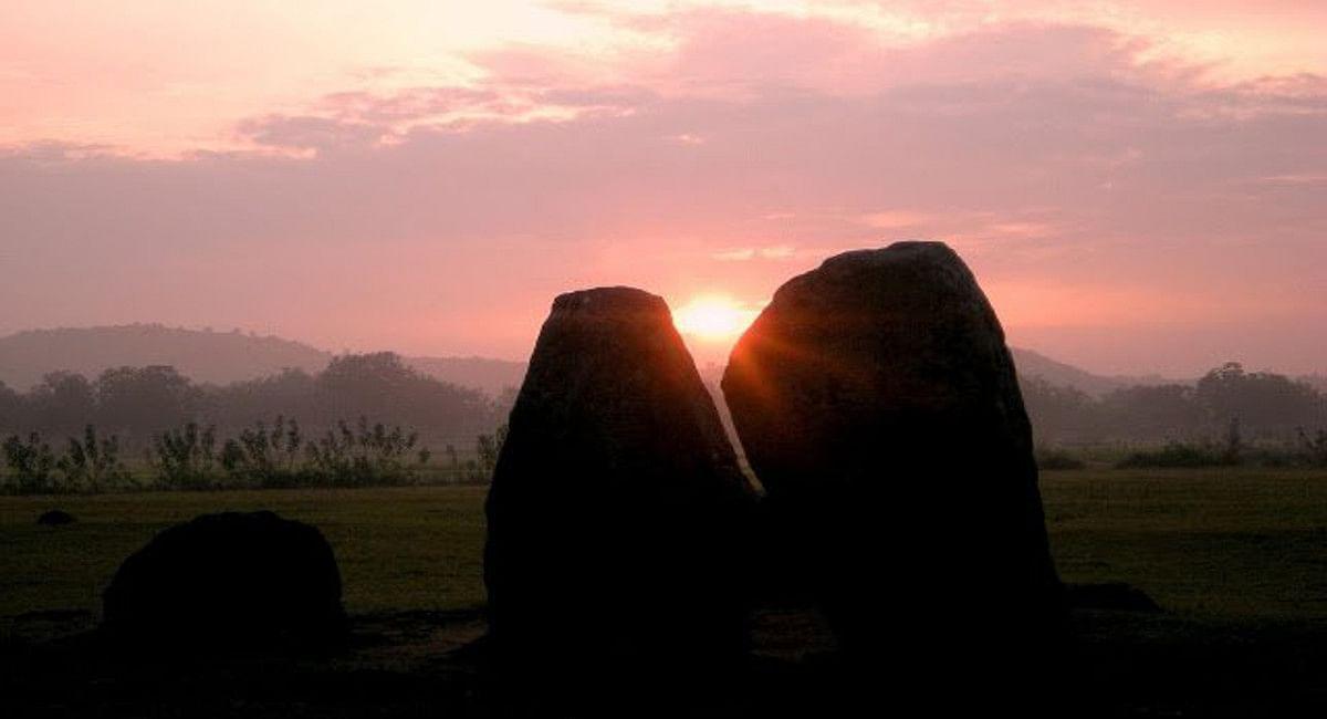 Jharkhand News : उत्तरायण से दक्षिणायन की ओर सूर्य ने ली करवट, बादल छंटते ही दिखा सूर्योदय का अद्भुत नजारा
