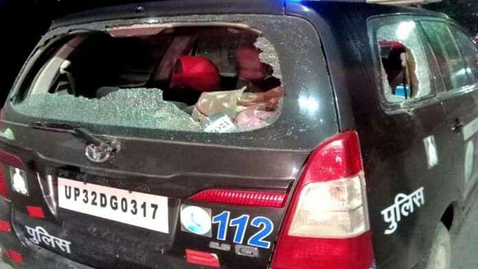 Gorakhpur News: गोरखपुर में मवेशी तस्करों का पुलिस पर हमला, सिपाहियों को पीटा, PVR पर पथराव