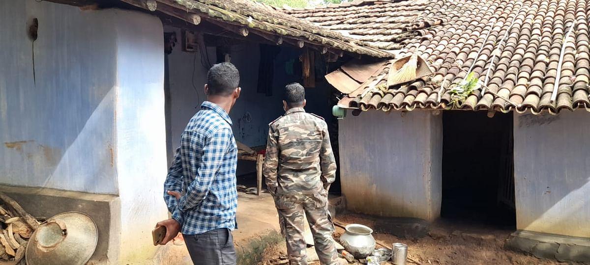 झारखंड : छह साल के बच्चे सहित एक ही परिवार के चार की हत्या, इलाके में दहशत का माहौल