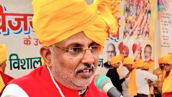 Varanasi News: यूपी में कोई बिजली संकट नहीं है, विपक्ष बना रहा निराधार मुद्दा- राज्यमंत्री ठाकुर रघुराज सिंह