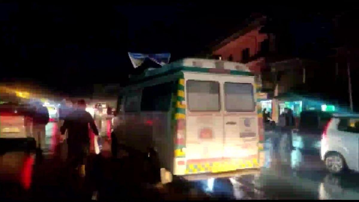कश्मीर में बिहारियों पर फिर हमला, आतंकियों ने 2 की हत्या की, नीतीश कुमार ने की दो-दो लाख रुपये मुआवजे की घोषणा