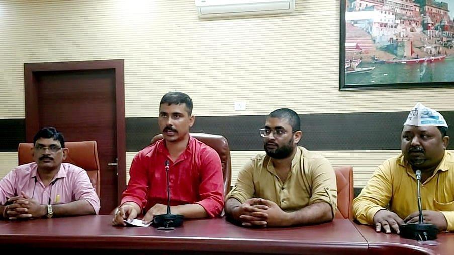 Varanasi News: पीएम मोदी के संसदीय क्षेत्र में प्रशासन नहीं दे रहा रैली की इजाजत, आम आदमी पार्टी का आरोप