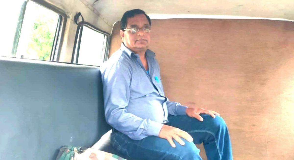Jharkhand News : झारखंड के हजारीबाग से पंचायत सचिव 5 हजार रिश्वत लेते गिरफ्तार, एसीबी ने ऐसे दबोचा