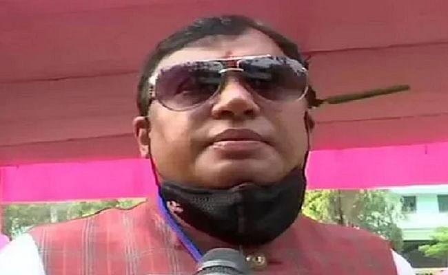 बंगाल में बीजेपी को एक और झटका, विधायक कृष्ण कल्याणी ने छोड़ी पार्टी