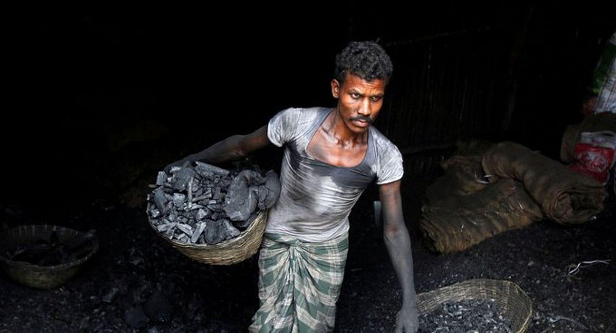 देश में छा सकता है चीन जैसा बिजली संकट, 6 दर्जन पावर प्लांटों में केवल तीन दिन का बचा है कोयला
