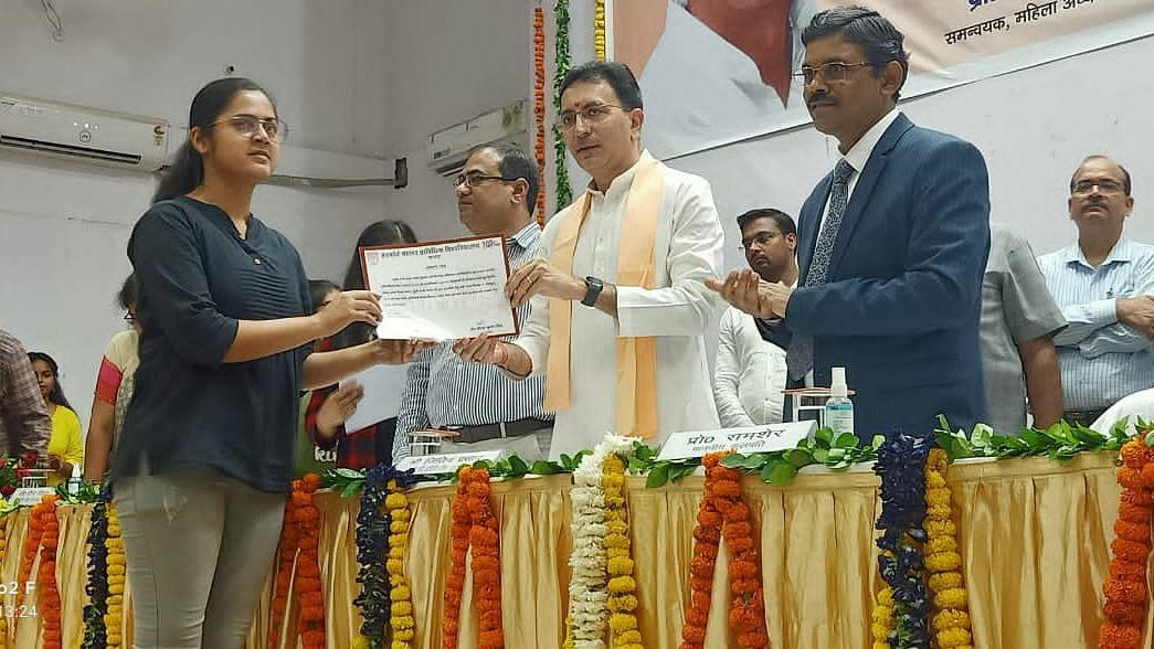 Kanpur News: मैं सिर्फ छात्रों से मिलने ही कानपुर आया हूं, HBTU में बोले प्राविधिक शिक्षा मंत्री जितिन प्रसाद