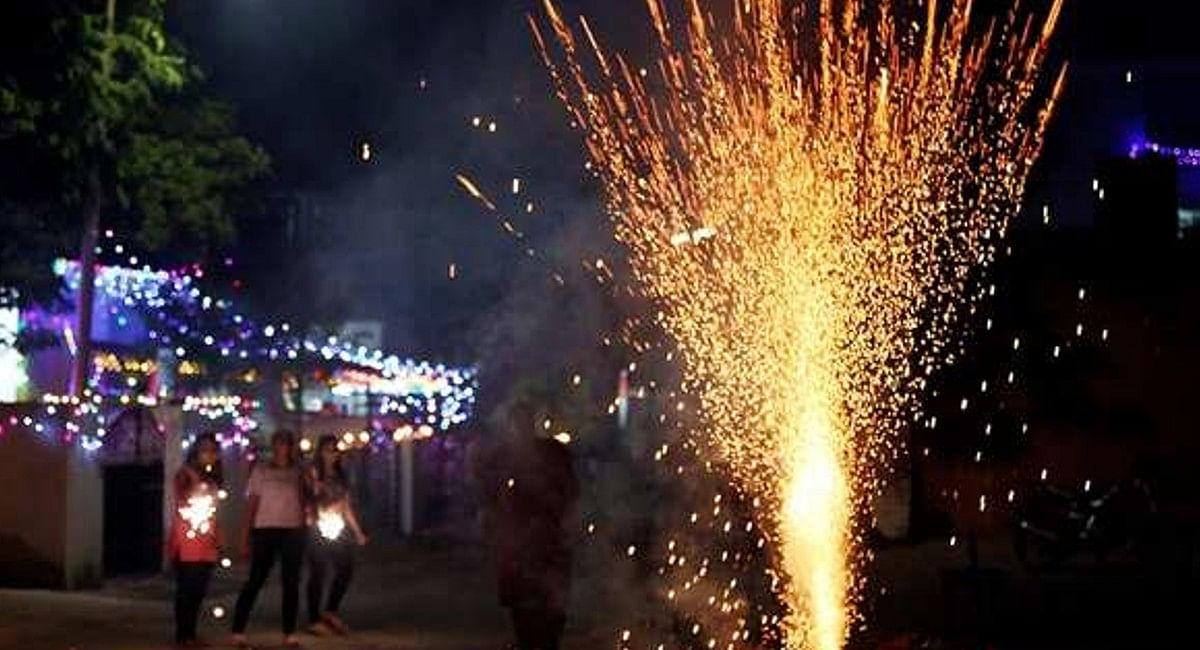 Viral News: दमा, आंख की बीमारी फैलाने वाले पटाखे भेज रहा चीन?