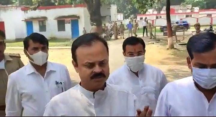 लखीमपुर केस: CCTV में थार पर चढ़ते दिख रहे आशीष मिश्रा! पुलिस ने किया सवाल तो मंत्री के बेटे ने साधी चुप्पी