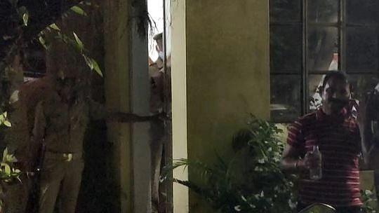 Gorakhpur News: मनीष गुप्ता हत्याकांड में आरोपी पुलिसकर्मी जगत नारायन सिंह और अक्षय मिश्रा गिरफ्तार
