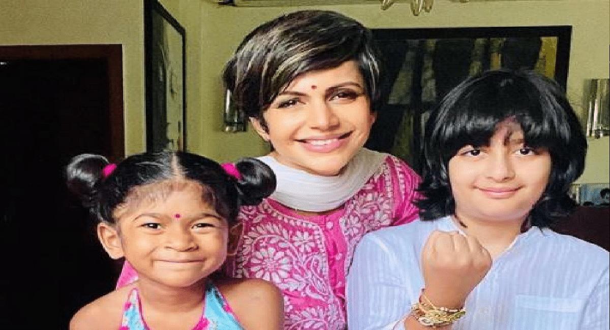 मंदिरा बेदी ने पति के जाने के बाद बच्चों को बताया अपनी दुनिया, 'शांति' ने कही यह दिल छू लेनेवाली बात