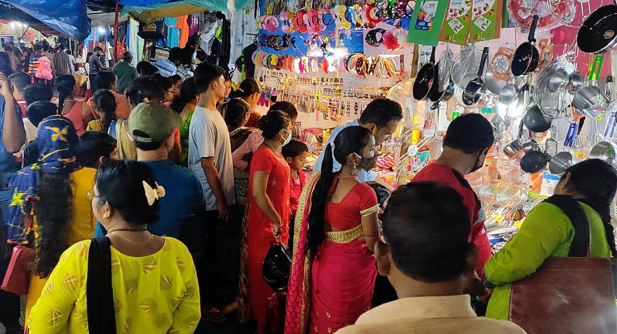 शिल्प बाजार में उमड़ती थी हजारों की भीड़, लगे थे मेले, दुर्गापूजा में क्यों लगी पाबंदी, पूछ रहे हैं लोग