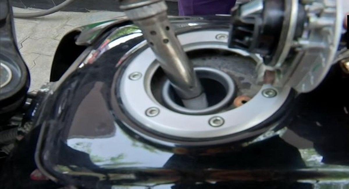 Petrol-diesel prices today : देश में आज फिर बढ़े पेट्रोल-डीजल के दाम, चार महानगरों में पेट्रोल 100 के पार