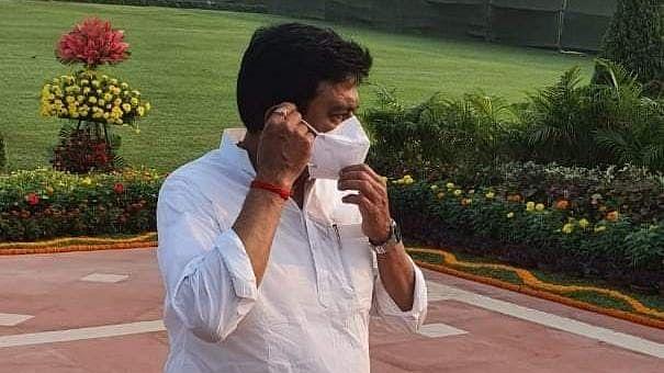 लखीमपुर हिंसा : बेटे आशीष की गिरफ्तारी के बाद गृह राज्य मंत्री अजय मिश्रा टेनी लखनऊ तलब!