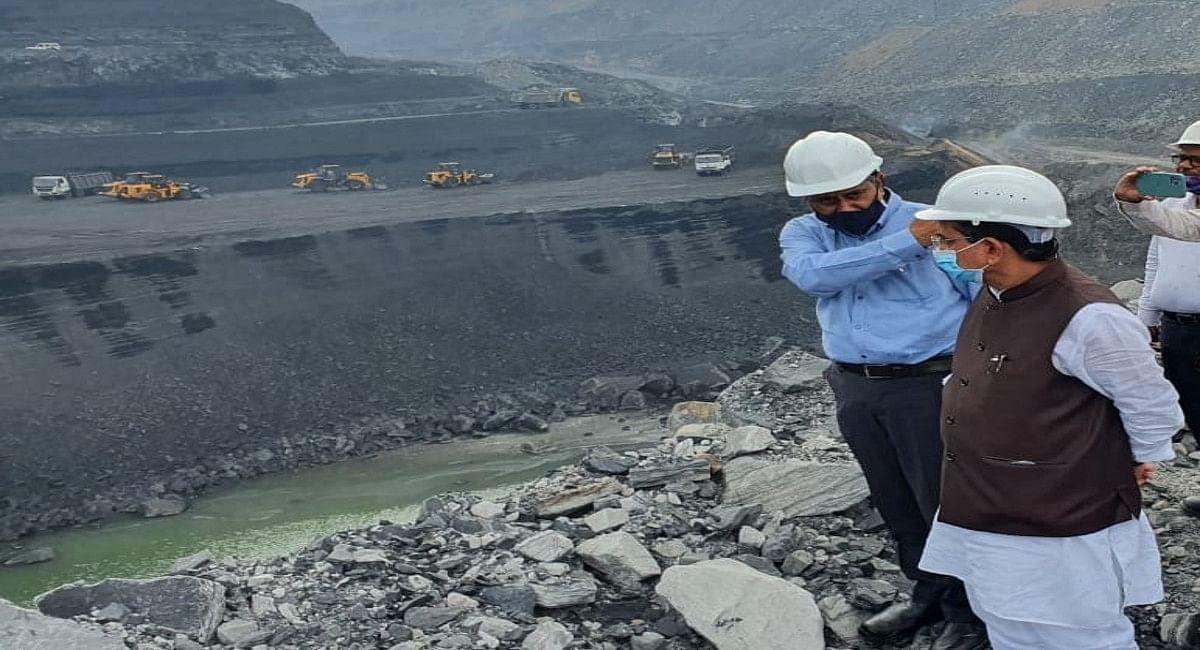 कोल संकट के बीच झारखंड पहुंचे कोयला मंत्री प्रह्लाद जोशी,बोले- 15 अक्टूबर से 2 मिलियन टन कोयले की होगी आपूर्ति