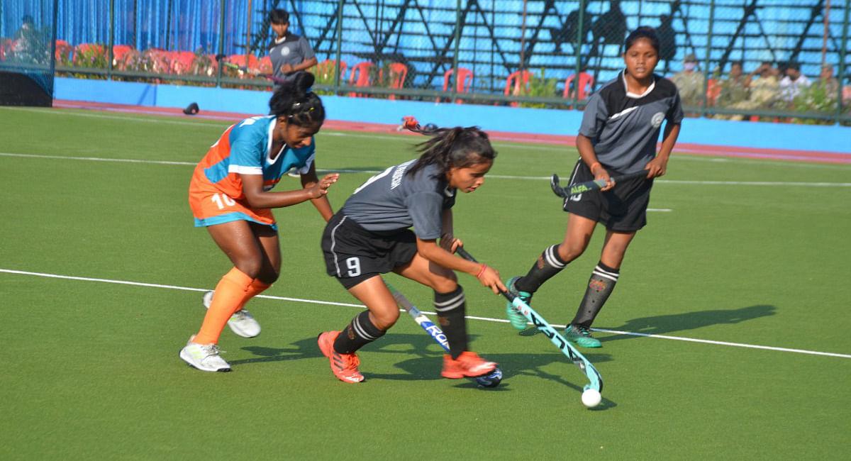 सिमडेगा में खेले जा रहे हॉकी चैंपियनशिप के क्वार्टर फाइनल मैच में झारखंड व पंजाब के बीच होगी भिड़ंत