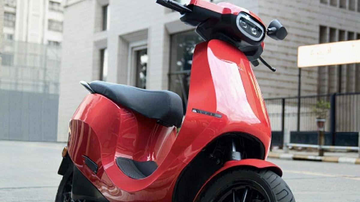 Ola Electric Scooter Booking फिर से शुरू; जानें कीमत, EMI और कैसे करें बुक