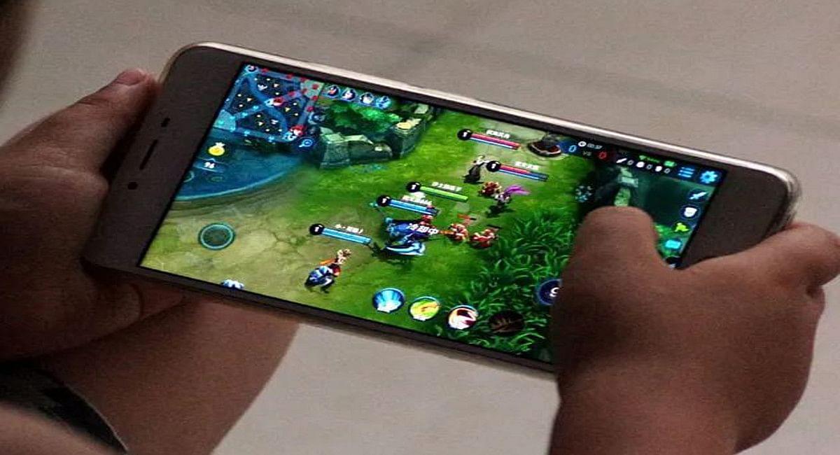 ऑनलाइन गेम खेलने के चक्कर में गोड्डा के 2 नाबालिग भाइयों ने घर से उड़ाये करीब 3 लाख रुपये, खेल में किया बर्बाद