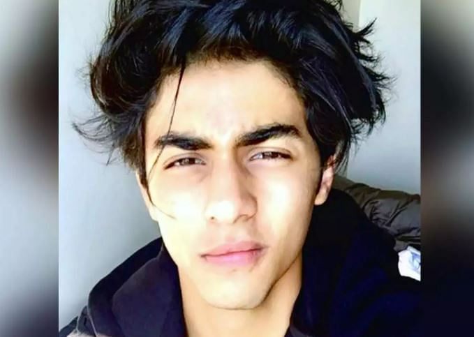 Aryan Khan Drugs Case : अब एनसीबी ने शाहरुख खान के बेटे के ड्राइवर पर कसा शिकंजा, पूछताछ जारी