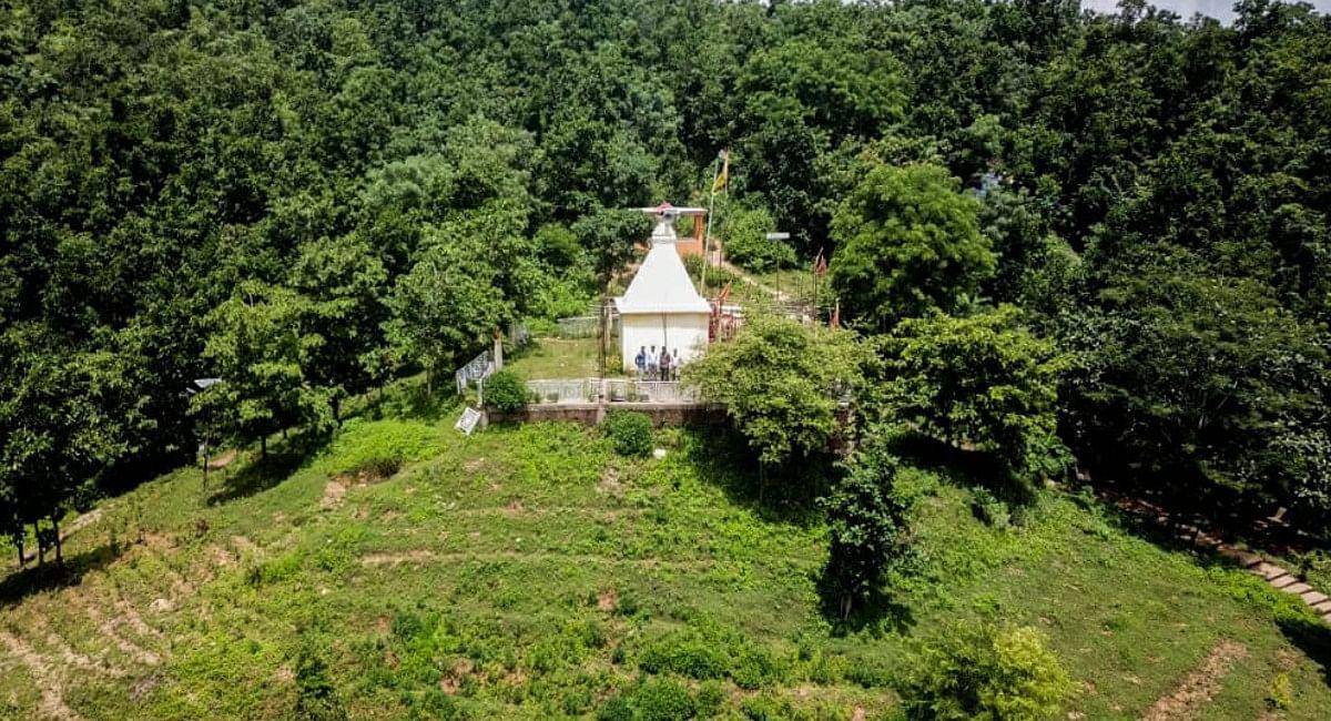 Jharkhand Toursim News: गुमला का आंजनधाम अब और दिखेगा आकर्षक, मंदिर की सीढ़ियों पर बना रूफ फ्रेमिंग,देखें Pics