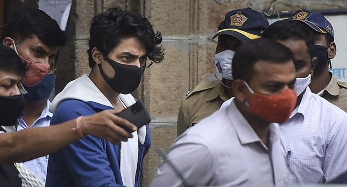 Drugs Case: आर्यन खान की जमानत याचिका पर बॉम्बे हाईकोर्ट में आज सुनवाई, 3 अक्टूबर से जेल में बन्द है स्टारकिड