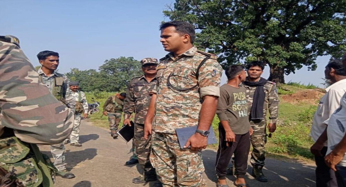 पलामू के नौडीहा में जमीन विवाद में रिश्तेदार ने मां-बेटे की हत्या की, दो आरोपी ने किया सरेंडर