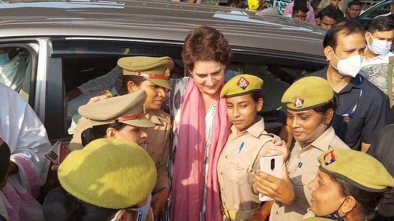यूपी चुनाव:अगर मेरे साथ तस्वीर लेना गुनाह है तो इसकी सजा भी मुझे मिले,प्रियंका गांधी ने सीएम योगी पर किया हमला