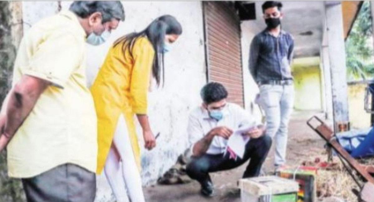 जमशेदपुर में पहुंचने लगा मिलावटी सरसों तेल, परसुडीह मंडी के एक गोदाम से जब्त 100 टीन तेल नहीं मिला खाने योग्य