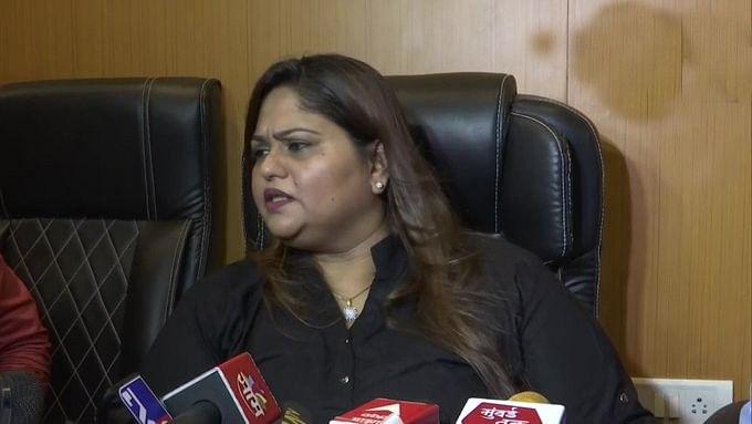 समीर वानखेड़े की बहन ने किया महिला आयोग का रुख, नवाब मलिक के खिलाफ की शिकायत