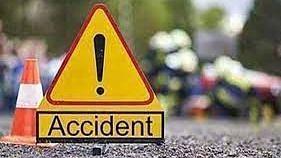 Bareilly News: बरेली में सड़क हादसे में दो युवकों की मौत, परिजनों में मचा कोहराम