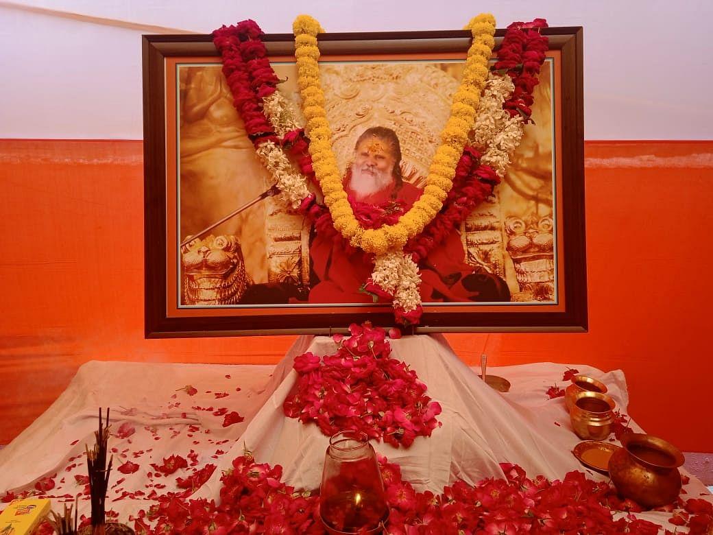 UP News: महंत नरेंद्र गिरि की पोस्टमार्टम रिपोर्ट को लेकर आनंद गिरि को कोर्ट से झटका, दाखिल करेंगे RTI